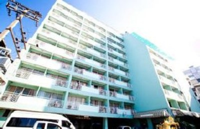 Highly Occupied Serviced Apartmant for Sale Near Fortune Town & Central Rama IX View1