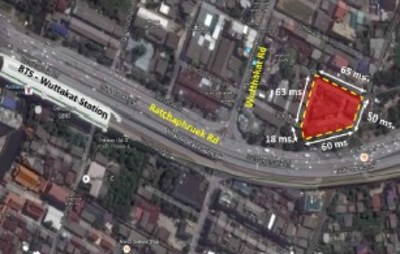 Shophouse on Wutthakat Road with land size 1,028 sq.w View1