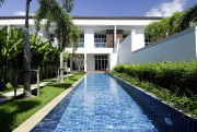Tropical Pool Residence